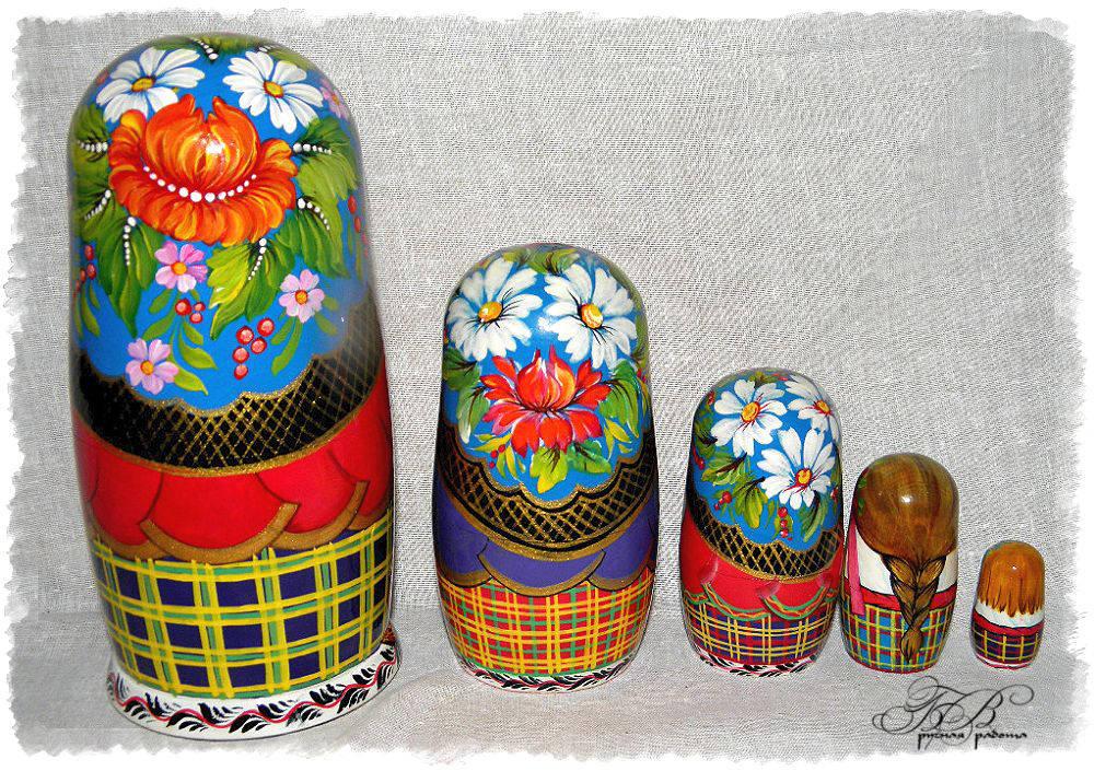 Украинские матрешки ( Ukrainian nesting dolls)