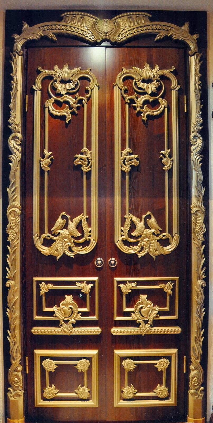 """Дверь""  рококо  220х90х4см"