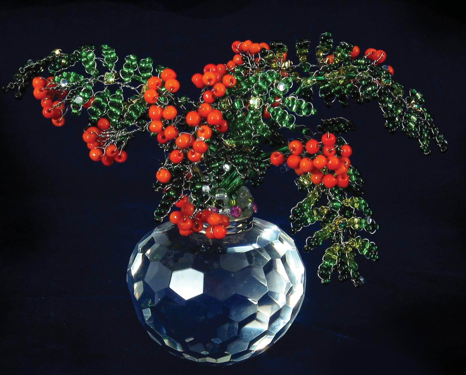 «THE SMILE OF ROWAN-TREE» Beads, glass, Swarovski crystals; 120 х 90 x 120 mm. Package: 150 mm (diameter), 130 mm (height).